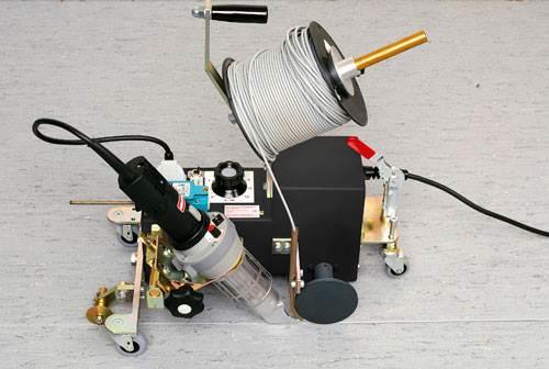 Автоматический аппарат для сварки стыков линолеума