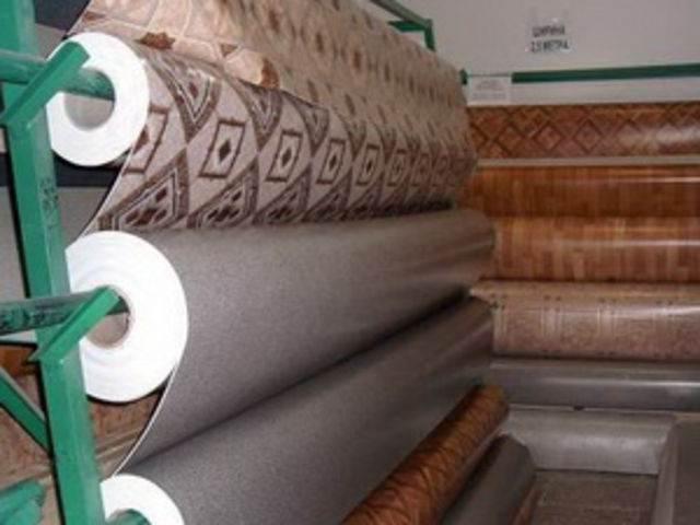 Выбираем бытовой линолеум для укладки на бетонное основание