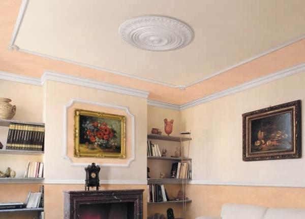 Декоративный потолочный плинтус из ПВХ