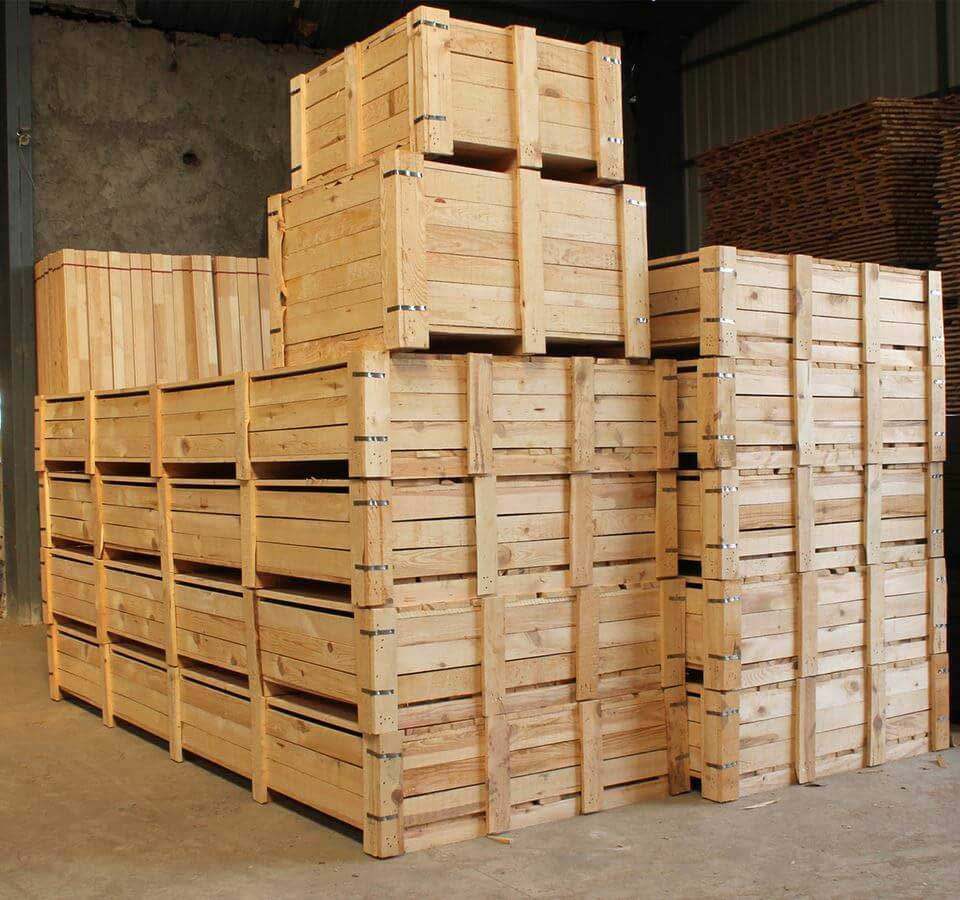 Деревянные паддоны для хранения и транспортировки
