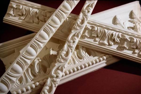 Фото багетов, изготовленных из гипса
