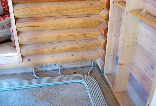 Фото укладки кабель-каналов в деревянном доме