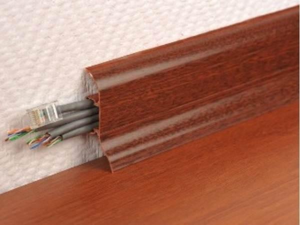 И все же алюминий лучше и провода в нем тоже спрятать можно.