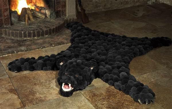 Искусственный «медведь» у камина