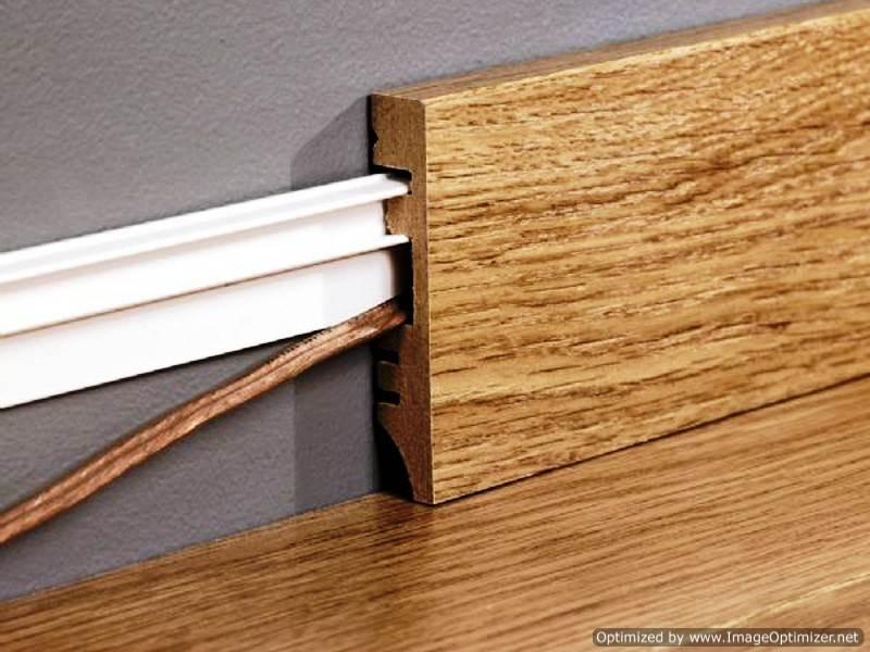 Установка деревянного плинтуса – все нюансы проведения работ