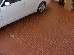 Клинкерная плитка под машину