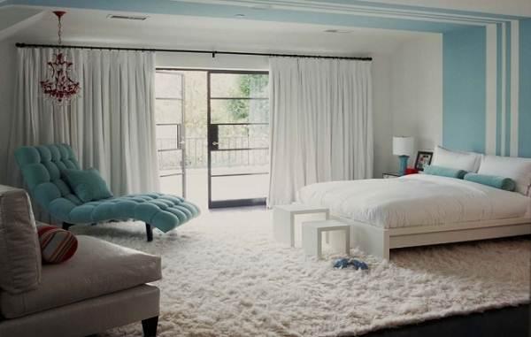 Ковер из мягкого ворса – один из лучших вариантов для спальни.
