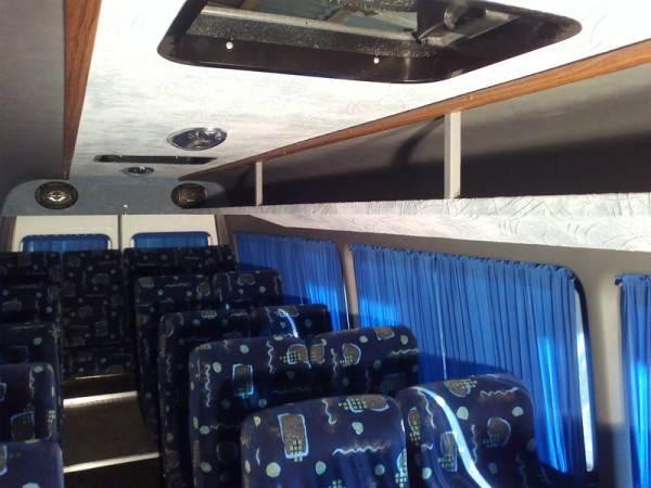 Линолеум для автобусов междугородного сообщения – особый разговор. Здесь не помешает ещё и инструкция по укладке