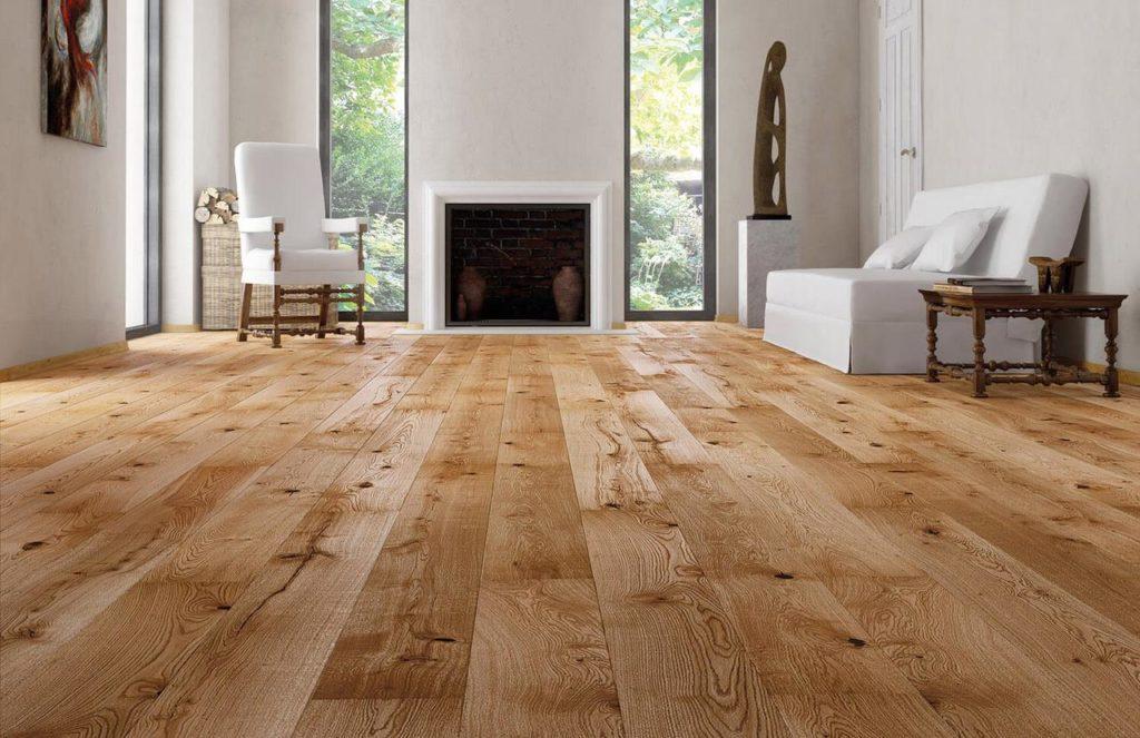 Как выбрать напольное покрытие в гостиную: массив дерева