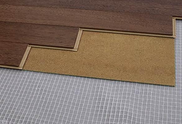 Монтаж покрытия на пробковую подложку