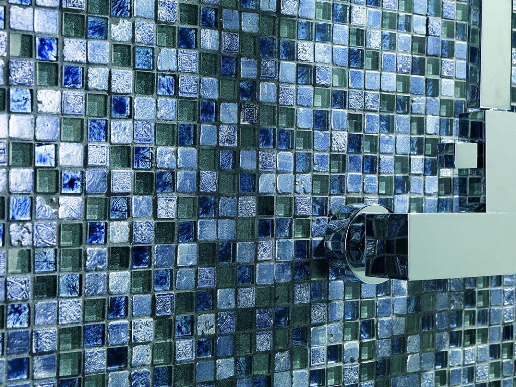Стильная и красивая мозаичная плитка