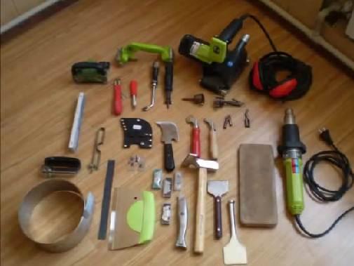 Набор инструмента мастера по напольным покрытиям