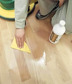 Обработка покрытия лаком