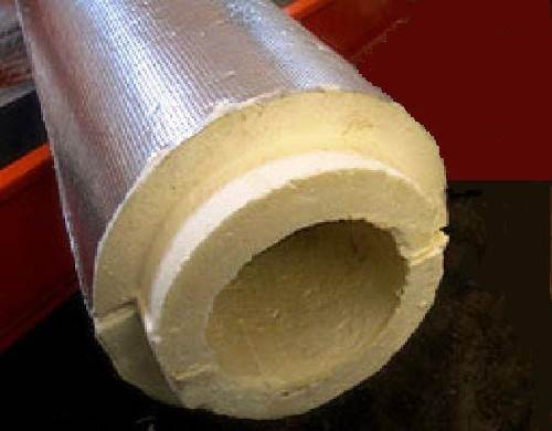 Пенопласт используется в самых различных сферах, к примеру, им можно изолировать трубопровод