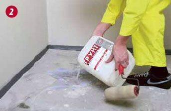Перед началом работ необходимо произвести уборку, а затем грунтовку всей поверхности
