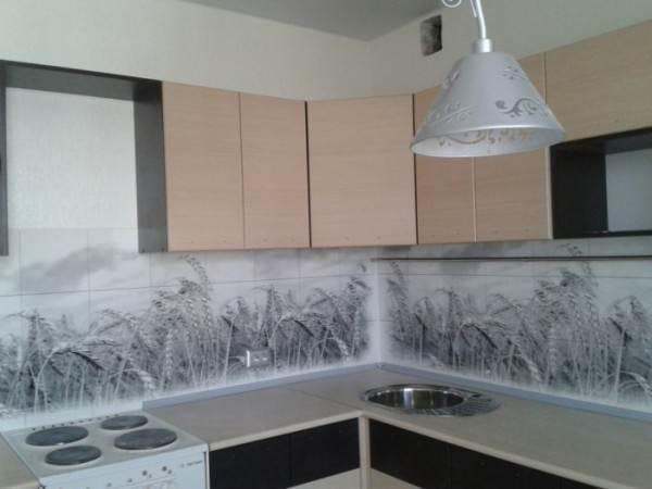 Плинтус для кухонного гарнитура