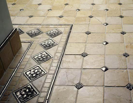 Плитка отлично смотрится на полу и не нуждается в серьезном уходе