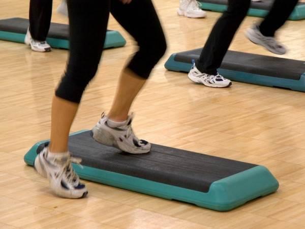 Покрытие для пола в спортзале испытывает постоянное и нерегулярное напряжение и это является отправной точкой подхода к усиленной конструкции