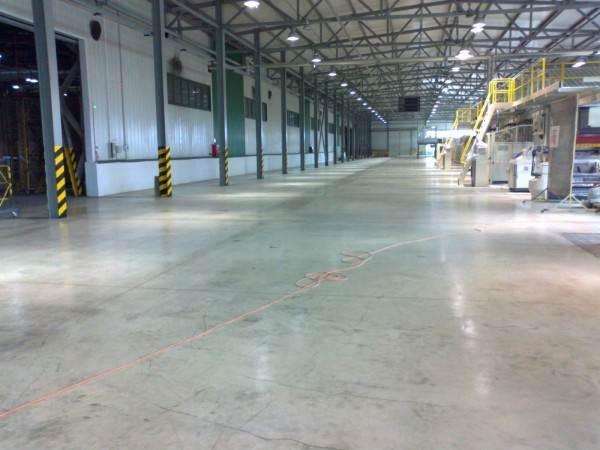 Полимерный пол в производственном цеху