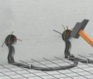 Прокладка кабелей под напольным покрытием – трудоемкое занятие