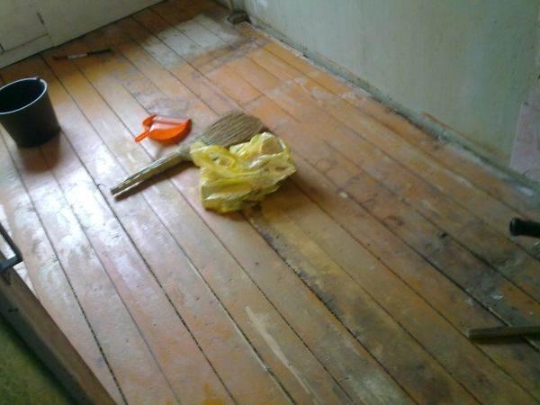 Процесс подготовки деревянной поверхности