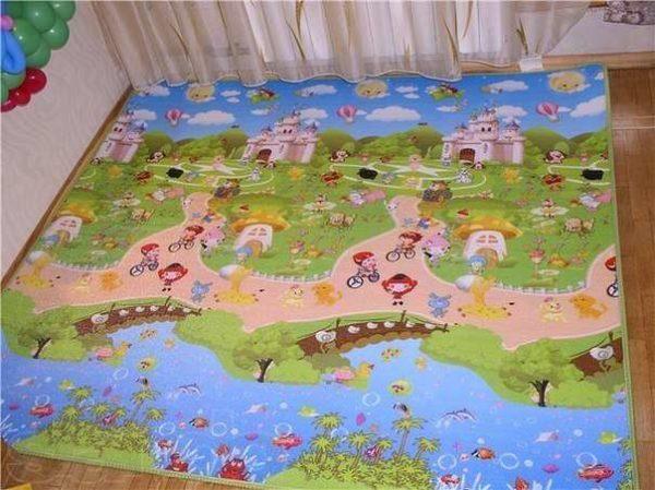 Сказочный коврик для ребенка