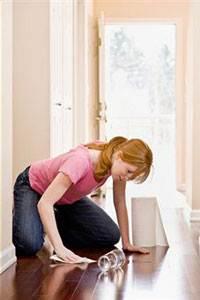 Сложно мыть пол с округлившимся животом