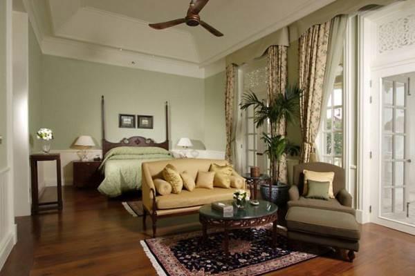 Сочетание цвета пола и мебели в колониальном стиле