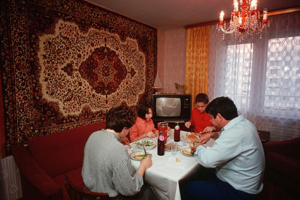 Советский ковер фото 1