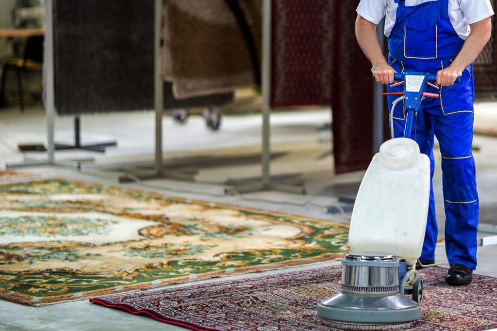 Сухая химчистка ковров растворителями