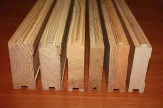 Сырье различной толщины и породы.