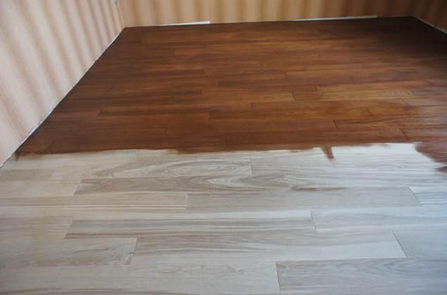 Тонирование деревянного пола лаком с морилкой