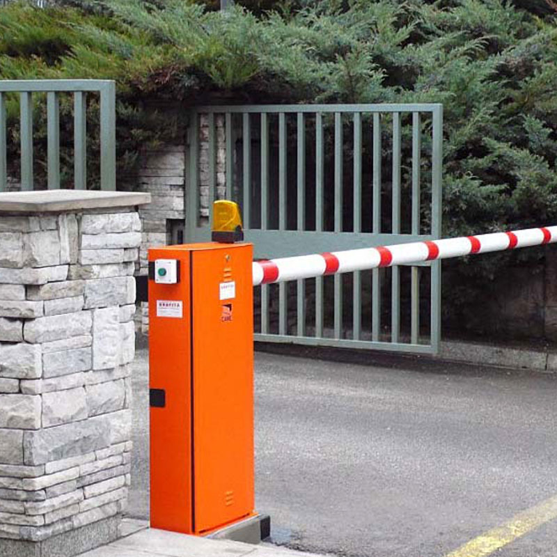 Управление шлагбаумом и воротами