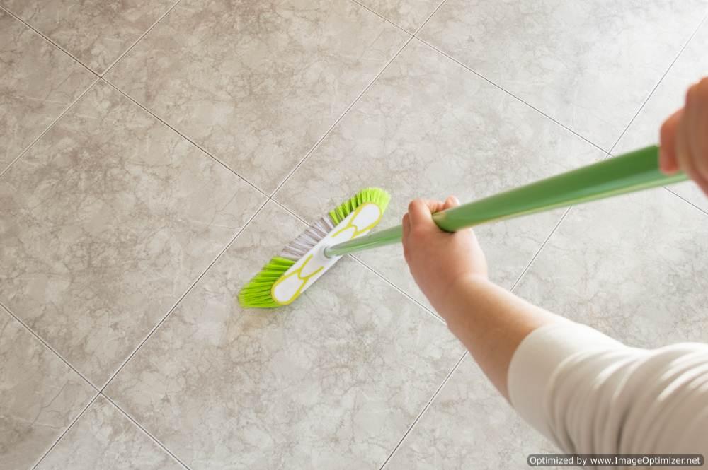 Средство для мытья пола – профессиональные и народные средства