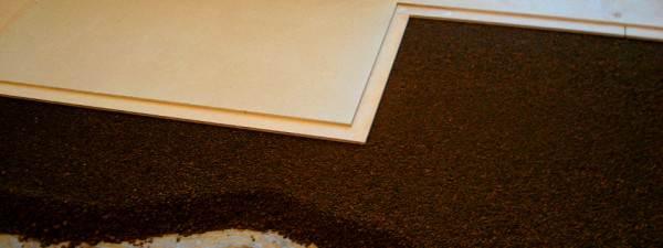 Устройство черного пола в деревянном доме с помощью сухой стяжки