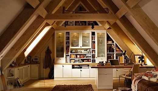 Вариант расположение мебели рядом с боковыми стенками.