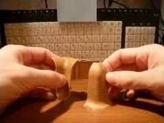 Внутренние и внешние детали для сращивания плинтуса в углах помещения