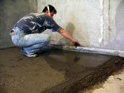 Выполнение бетонной стяжки пола
