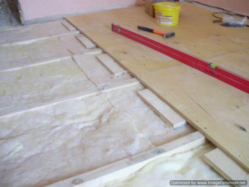Выравнивание деревянного пола: простые и сложные методы