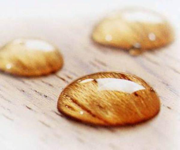Защиту от воздействия воды и влаги можно назвать главным качеством всех подобных материалов